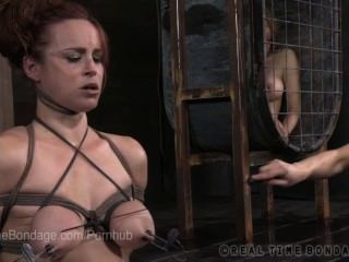 vollbusige bella rossi in den Spalten und Cumming Blowjob
