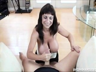 sandra bollocks big Tit Schwester mit Down-Syndrom liebt Hahn