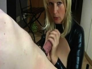 Deutsch MILF will 12 cum