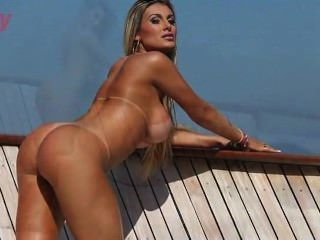 andressa urach Revista sexy Abril 2012