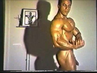 Herr. muscleman - Chris Dickerson [1982 mr. olympia]