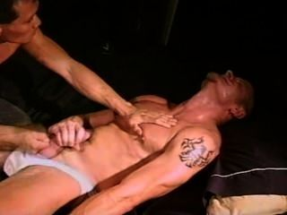 hung Muskel Stud Ball bashing Duo cbt