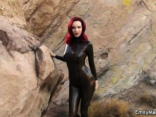 emily marilyn Fetisch-Model Latex-Catsuit