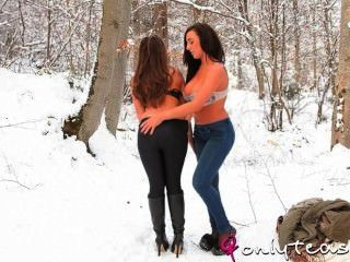 Stacey poole und Sarah James
