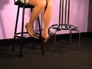 Shoeplay at its best 71