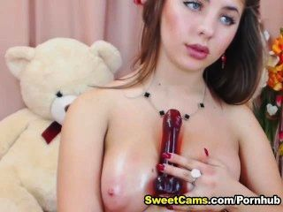 vollbusige blonde teen Titty fucking